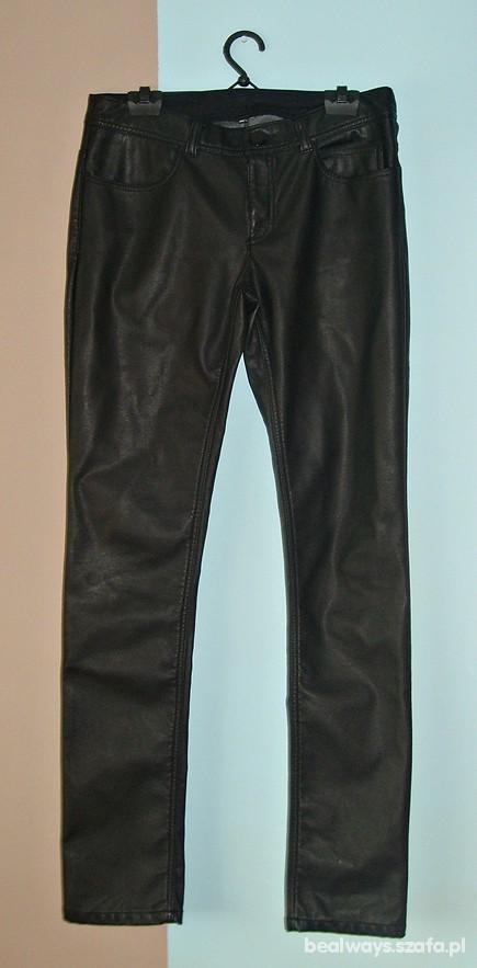 Spodnie Skórzane rurki czarne HM 38