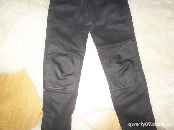 Spodnie HM woskowane ze skórzanymi wstawkami xs s