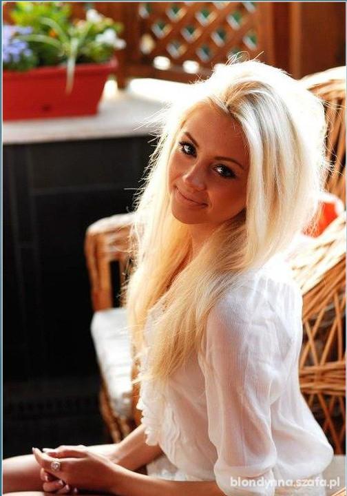 blond ślicznotka