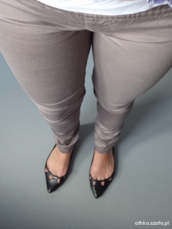 Spodnie Tregginsy BERSHKA M L