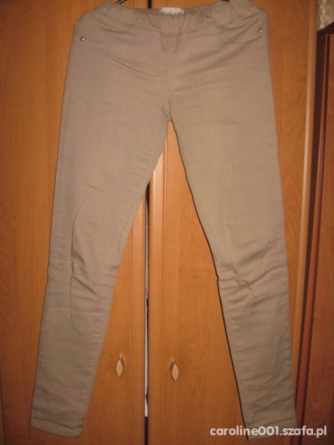 Spodnie bezowe spodnie stradivariusa na gumce