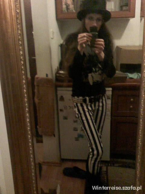 Spodnie Jeansy w paski czarne i białe styl burtonowski
