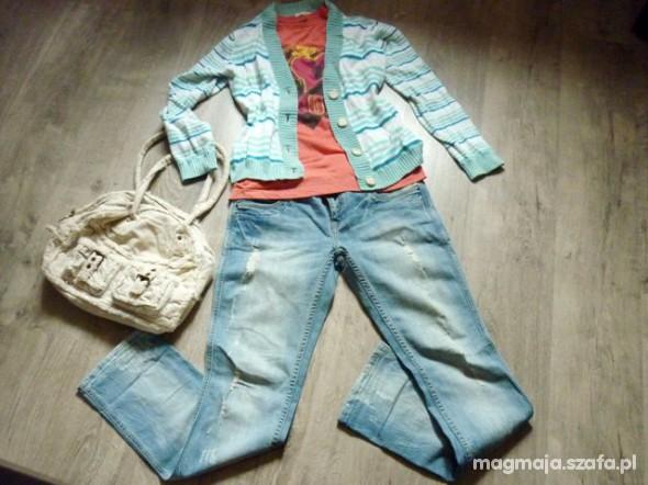 Spodnie Spodnie jeans RESERVED