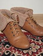 karmelowe botki kożuszek 37 camel HIT