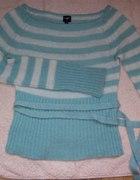 Miętowy sweter w paski S