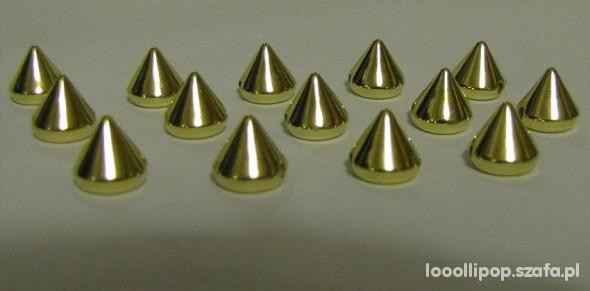Pozostałe złote Ćwieki kolce spike przyszywane naklejana