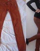 Brązowe spodnie camel rurki brązowe rozmiar 34