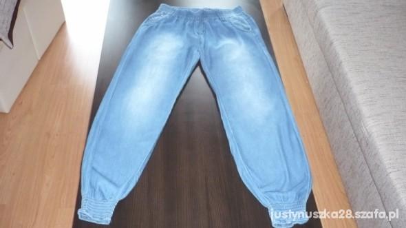 błękitne jeansy na gumie z kieszeniami SUPER HIT