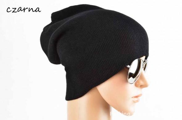czarna czapka krasnal hit blogerek