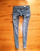 Wąskie rurki spodnie H&M jasne