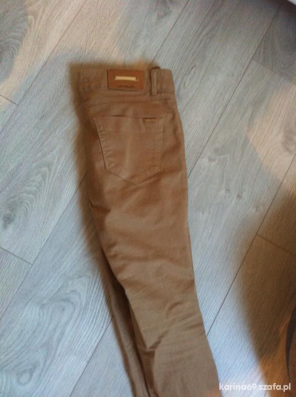spodnie rurki zara bezowe camel 36