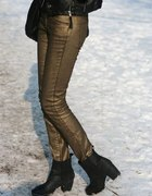 Metaliczne spodnie
