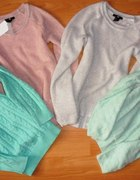 HM pastelowe sweterki