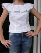 Biała bluzka z kołnierzykiem cudo