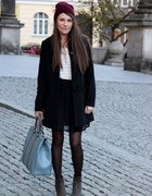 The ideal combination black skirt with black coat...