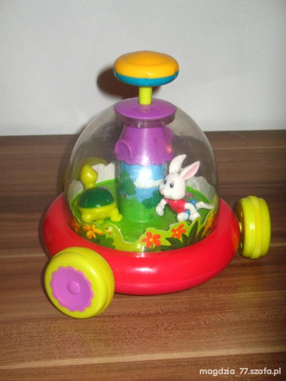 Zabawki super bączek MUZYKA Karuzela rozwija dzieciaczka