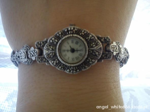 Zegarek srebrny