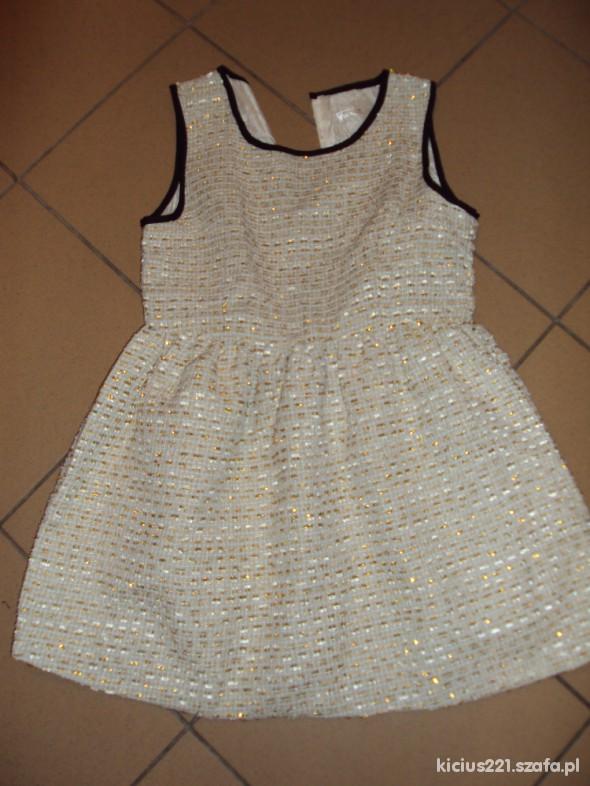 sukieneczka ze złota nitka