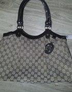 Śliczna torebka Gucci...
