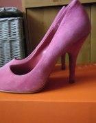 różowe zamszowe new look