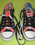 Kolorowe Converse