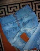 Jeansy zip z tyłu