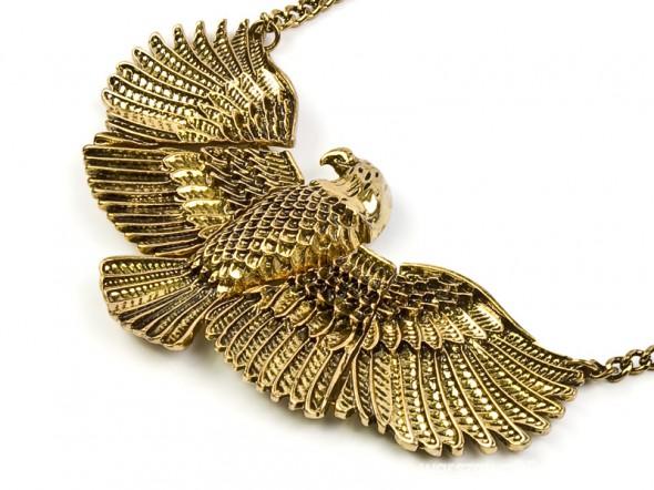 Eagle collar