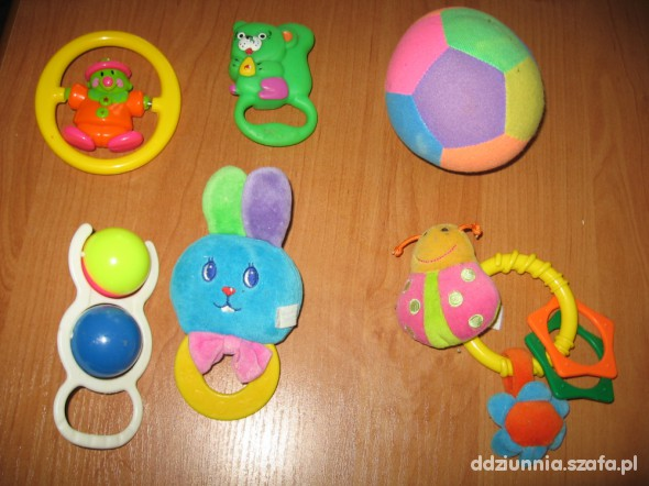 Zabawki Pierwsze grzechotki