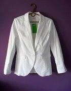 marynarka żakiet biały H&M bawełna ekologiczna