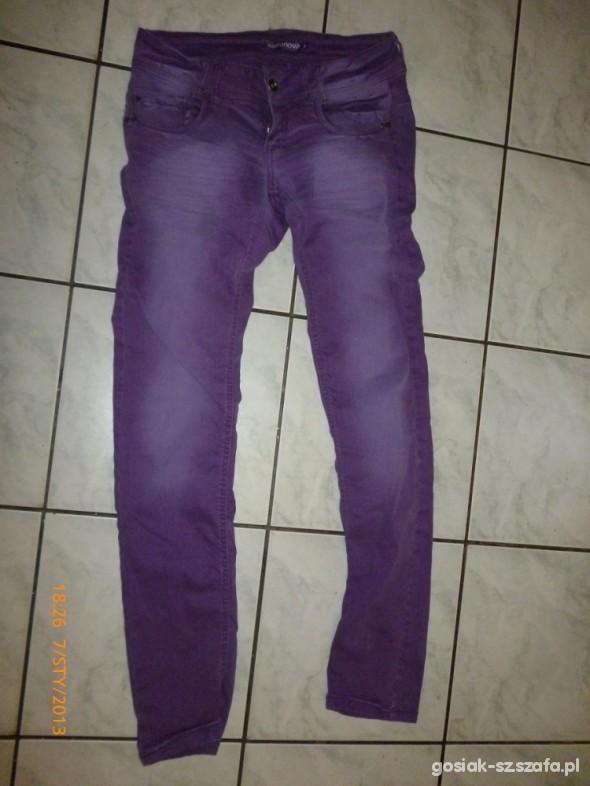 Spodnie długie fioletowe rurki terranova S