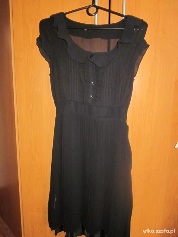 śliczna plisowana czarna sukienka