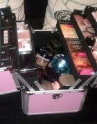 Mój kuferek na kosmetyki...