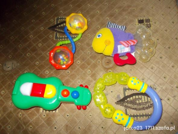 Zabawki zestaw grająca grzechotkagryzak i inne