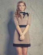Urocza sukienka XS