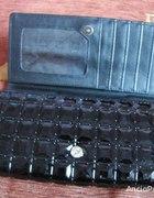 Czarny lakierowany NOWY portfel