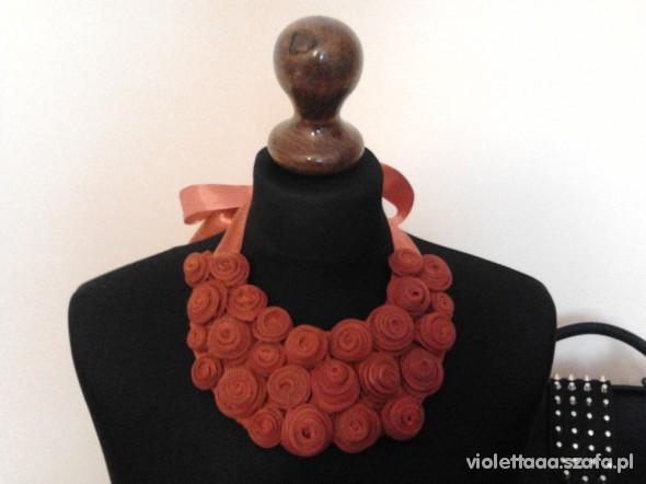 naszyjnik kolia handmade roże czerwone zamki DIY