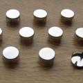 ćwieki okrągłe 8mm pukle srebrne