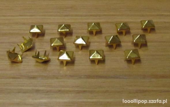 Złote ĆWIEKI PIRAMIDKI 7mm