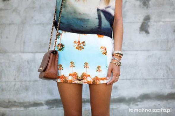 Mój styl spodniczka mini w palmy