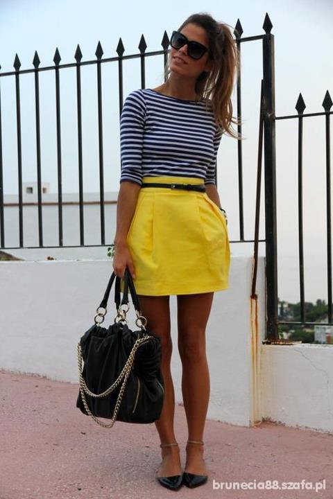 paski i żółta spódniczka wiosennie