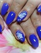 paznokcie chabrowe migdalki niebieskie