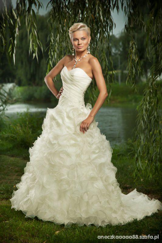 Moja suknia ślubna annais bridal model sentence...