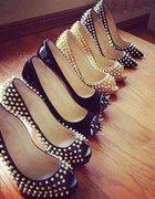 Buty z ćwiekami...