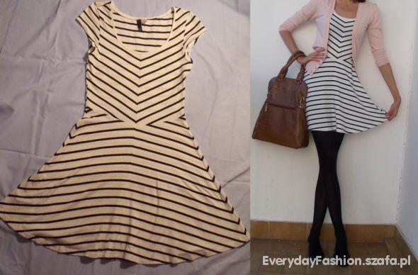 5464b4c761 Suknie i sukienki sukienka paski h m asymetryczne biało czarne paski