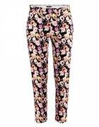 kwiatowe spodnie H&M...
