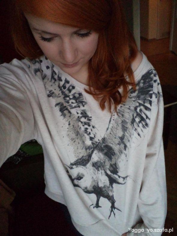 Bluzy Kremowa bluza z sową