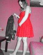 Zara koronkowa czerwona sukienka