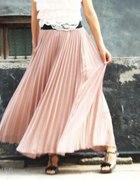 długie plisowne spodnice