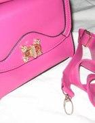 Kuferek różowy na skobelek bloggerski z paskiem