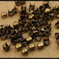 ćwieki pukle okrągłe sr 5mm stare złoto miedziane